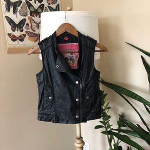Bernardo Faux Leather Women's Vest Size X-Small